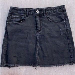 A Zara kids denim black skirt